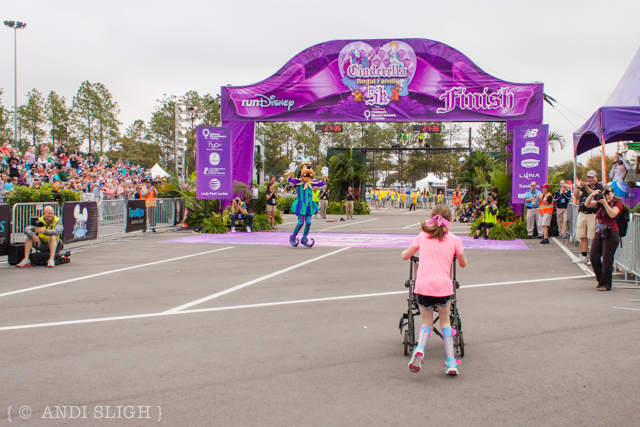2014/61 - Disney Princess 1-Mile (9 of 12)
